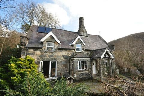 2 bedroom detached house for sale - Dolgellau, Gwynedd