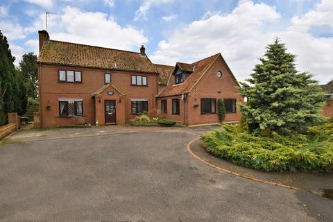 6 bedroom detached house for sale - Narborough, King's Lynn