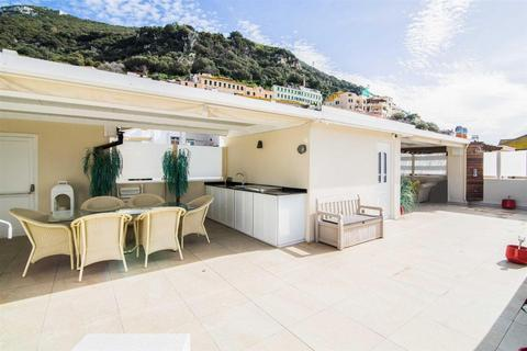 3 bedroom house - Town Area, Gibraltar