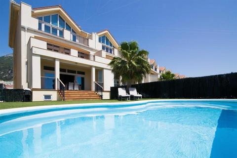 4 bedroom house - The Island, Gibraltar
