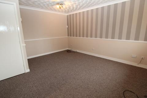 2 bedroom flat to rent - Ketton Close, Openshaw, Manchester