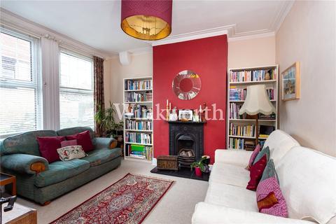 3 bedroom terraced house for sale - Hanbury Road, Bruce Grove, London, N17