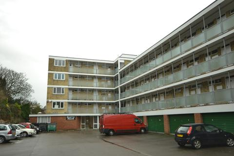 1 bedroom flat to rent - Quarry Hill, St. Leonards-on-Sea