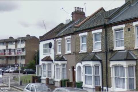 3 bedroom end of terrace house for sale - Ohio Road, Canning Town, Plaistow, West Ham, Upton Park, London, E13 8EL