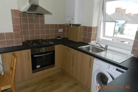 3 bedroom flat to rent - Northcote Street, Roath,