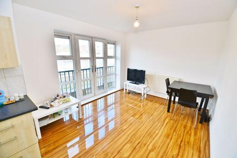 2 bedroom apartment for sale - Francis Avenue, Eccles