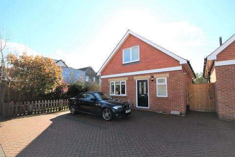 3 bedroom detached house for sale - Wycliffe Road, Bournemouth, BH9