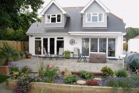 3 bedroom chalet for sale - Leigh Road, Wimborne, Dorset