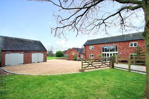 3 bedroom barn conversion for sale - Dodds Lane, Chorley , WS13