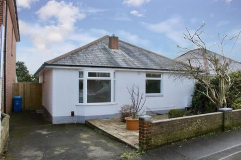 2 bedroom bungalow for sale - Alexandra Road, Lower Parkstone Poole, BH14