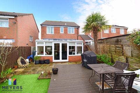 3 bedroom detached house for sale - Warmwell Close, Canford Heath, Poole BH17