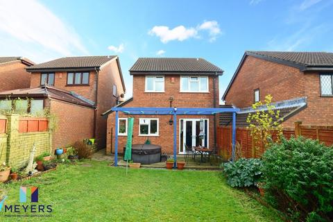 3 bedroom detached house for sale - Marshwood Avenue, Canford Heath, Poole BH17