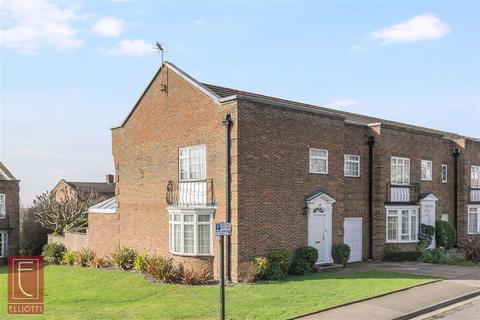 4 bedroom semi-detached house for sale - The Martlet, Hove, East Sussex