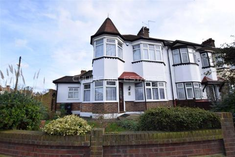 3 bedroom semi-detached house to rent - Waltham Way, Chingford