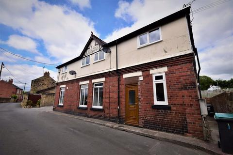 2 bedroom flat to rent - High Street, Cefn Mawr, LL14