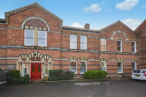2 bedroom flat for sale - Hawthorn Road, Charlton Down, Dorchester