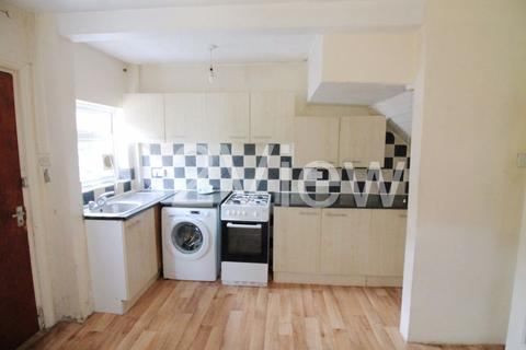 3 bedroom house to rent - Park View Grove, Leeds, West Yorkshire