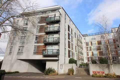 2 bedroom flat for sale - Foster House, Borehamwood, Herts