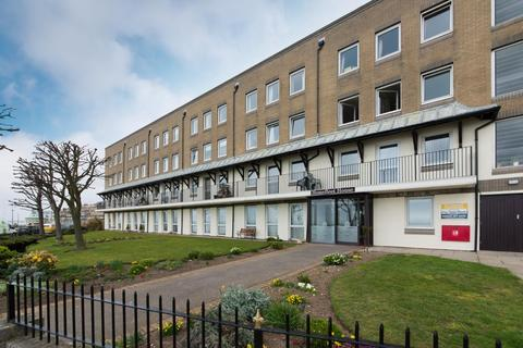 1 bedroom flat for sale - Wellington Crescent, Ramsgate