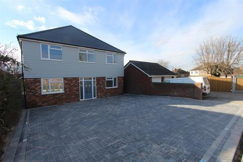 4 bedroom detached house for sale - Waverley Avenue, Minster On Sea, Sheerness