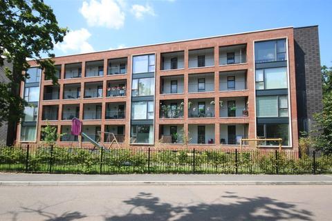 2 bedroom flat for sale - Olivia Court, Ebony Crescent, Cockfosters, EN4