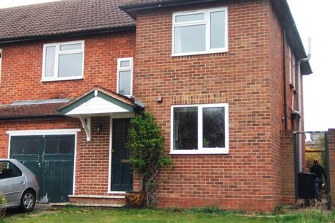 4 bedroom end of terrace house to rent - Westwood Green, Cookham
