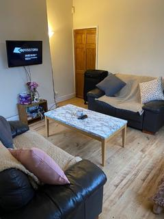 3 bedroom house share to rent - Ashley Terrace, Selly Oak, Birmingham, West Midlands, B29