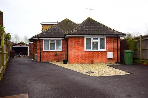 3 bedroom bungalow for sale - Highlands Close, BEXHILL-ON-SEA, East Sussex, TN39