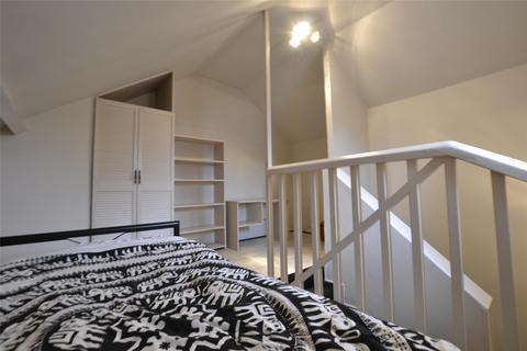 3 bedroom semi-detached house to rent - High Brooms Road, TUNBRIDGE WELLS, Kent, TN4