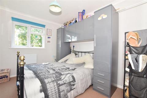 2 bedroom ground floor flat for sale - Killicks, Cranleigh, Surrey