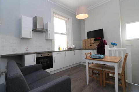 1 bedroom apartment to rent - Huskisson Street, Liverpool