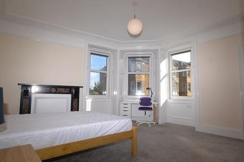 3 bedroom flat to rent - Temple Park Crescent, Edinburgh, EH11 1HT