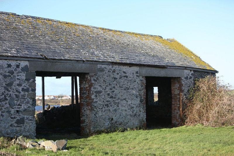 Caergeiliog 2 Bed Barn For Sale 75 000