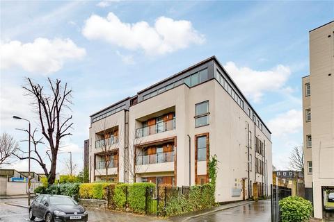 2 bedroom flat for sale - Old Devonshire Road, Balham