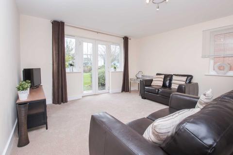 2 bedroom apartment to rent - Town Centre, Three Bridges, Crawley