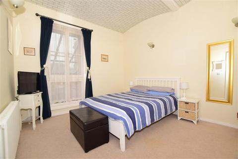 1 bedroom flat for sale - Canterbury Road, Westbrook, Margate, Kent