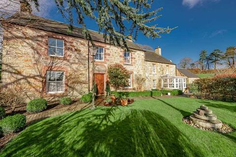3 bedroom detached house for sale - Westerton Farm House, Dollar