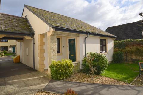 2 bedroom detached bungalow for sale - Thornleigh, Melksham SN12