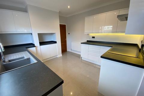 3 bedroom detached bungalow for sale - Ash Grove , Flint, Flintshire