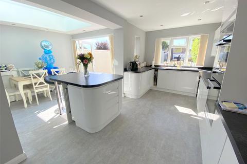 4 bedroom detached house for sale - Grafton Gardens, Sompting, West Sussex, BN15