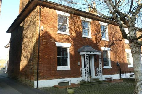 2 bedroom apartment to rent - Dymond House, 12 Bath Road, Old Town, Swindon, SN1