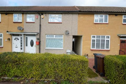 2 bedroom terraced house for sale - Trefgarne Road, Dagenham