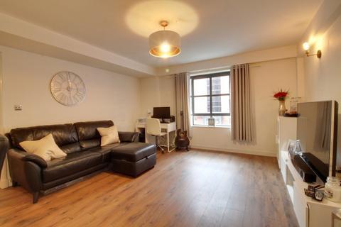 2 bedroom apartment for sale - Maxim 28, 21 Lionel Street, Birmingham City Centre