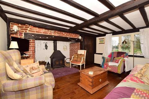 4 bedroom semi-detached house for sale - High Street, Hawkhurst, Cranbrook, Kent