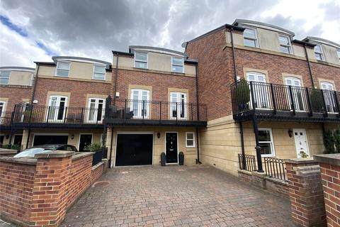 4 bedroom terraced house for sale - Grove Park Avenue, Gosforth, Newcastle Upon Tyne, Tyne And Wear