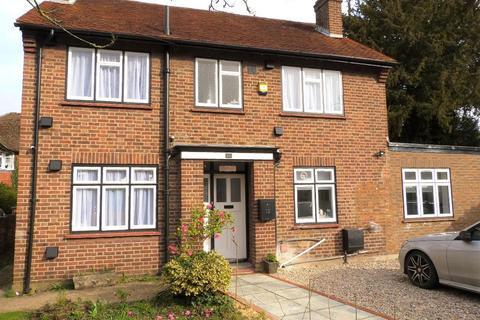 2 bedroom house share to rent - Summerhouse Lane, Harmondsworth, UB7 0AW