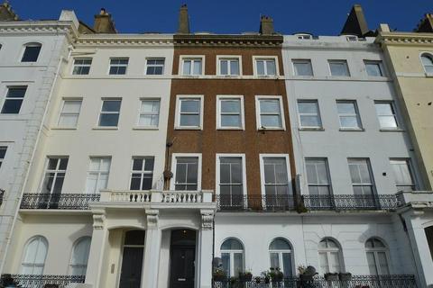 1 bedroom flat to rent - Marina, St Leonards on Se, East Sussex, TN38 0BJ
