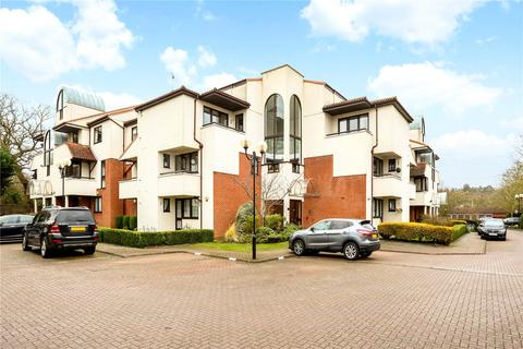 2 bedroom flat for sale - Carlton Place, Rickmansworth Road, Northwood, Middlesex, HA6