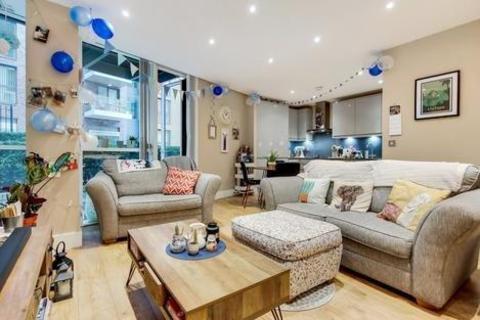2 bedroom flat for sale - Gowers Walk, London E1