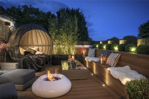 3 bedroom penthouse for sale - Kingswood Grange, Babylon Lane, Tadworth, Surrey, KT20
